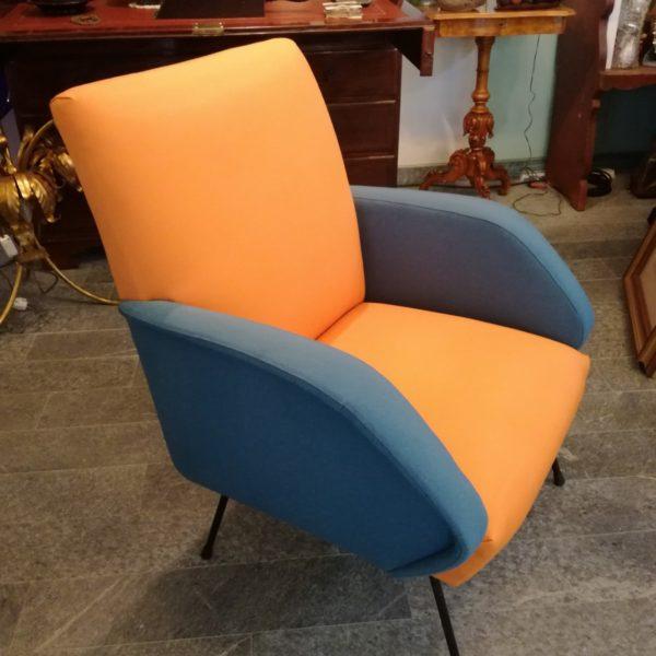 Poltrona-arancio-blu-design-anni50 (2)